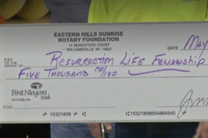 Resurrection Life Food Pantry receives $5,000 donation